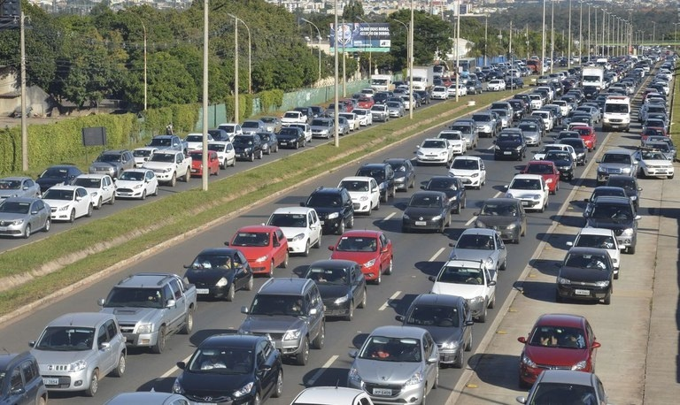 Secretário Fabrizzio Muller comenta sobre rodízio de placas no trânsito de Salvador