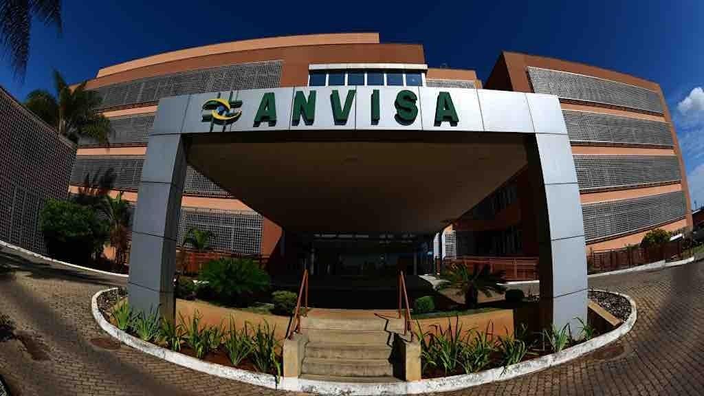 Pfizer oficializa na Anvisa inclusão da terceira dose na bula da vacina contra a Covid