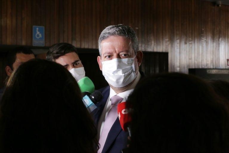 Lira abre guerra com Senado por acusações da CPI contra 6 deputados