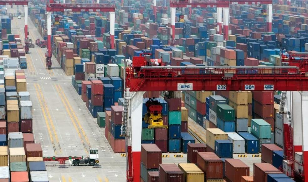 Espera global nos portos complica gargalos pós-pandemia